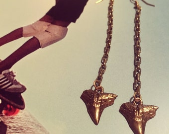 Gold plated & brass shark tooth earrings on antique box drop chain.
