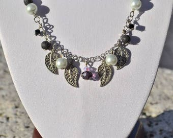 necklace charms leaf shades black and mauve