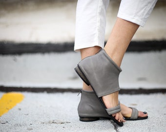 SALE, Grey Summer Shoes, Leather Sandals, Strappy Sandals, Handmade Sandals, Grey Sandals, Summer Flats, Gladiator Sandals, Albane
