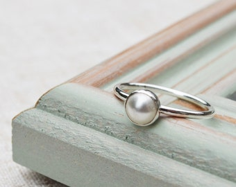 Sterling silver pearl stacking ring. Statement ring, wedding jewellery, bridesmaid gift