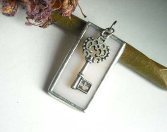 Light Beige Stained Glass Pendant with Key