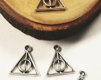 Deathly Hallows Symbol Pendant Triangle with circle charm Unity Elder Wand Resurrection Stone Cloak of Invisibility Harry Potter Fandom
