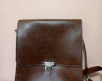 Messenger Bags /Fake Leather pannier / Work  bag / Retro Bag / Brown bag/  80's bag / Vintage Bag /Fake Leather Bag / 80s Bag / Like New