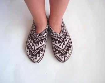 hand knit Sliper Boots, Crochet Booties, Crochet Slipper Socks, Gift for Her, Indoor Shoes, Home Shoes, Handmade Gift, House Slippers