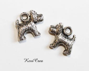 5 x 3D silver metal dog charms