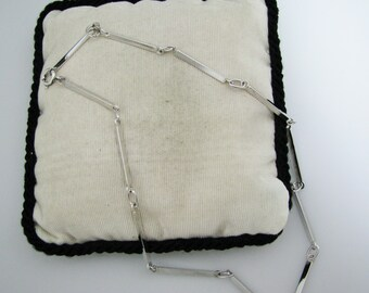 c195 Unique Triangle Bar Necklace in Sterling Silver From Italy