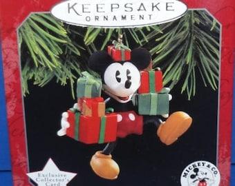 1998 Ready for Christmas Hallmark Retired Series Ornament