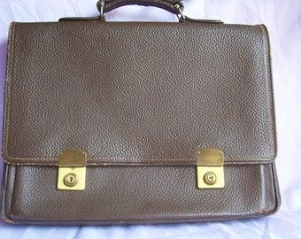 Vintage-old Briefcase vintage-briefcase-leather-50 years