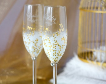 Ivory and Gold Personalized Wedding Set Champagne Flutes, Wedding Toasting Flutes Set, Flute Engraved Champagne Glasses, Server Gift Set