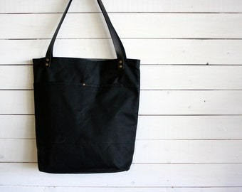 Waxed Canvas Everyday Tote Bag in Black