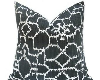 15% Off Sale Black Pillow, Black Pillow Cover, Black Throw Pillow, Black Accent Pillow, Black and White, Black cushion cover, Black Toss pil