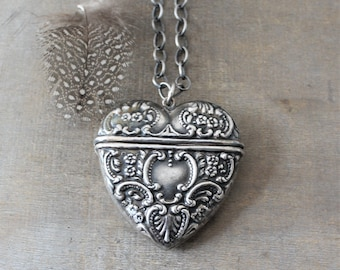 Large Locket Necklace, Silver Heart Locket, Sterling Silver Locket, Extra Long Chain, Chunky Chain, Oxidized Sterling Silver, Push Present