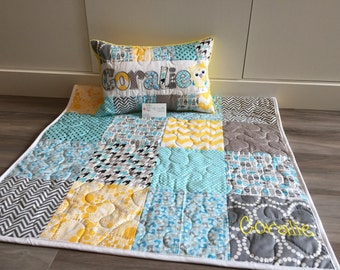 Owls and foxes baby quilt and pillow set for Grey, yellow and Blue nursery.