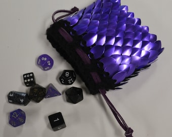 Scalemail Dice Bag in knitted Dragonhide Armor Purple