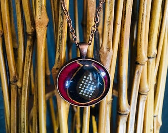Nek-lace - Necklace - African inspired - circle pendant - vol vertroue (confident)