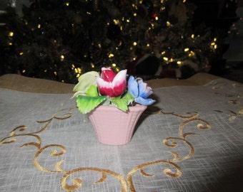 ENGLAND STAFFORDSHIRE BONE China Basket of Flowers