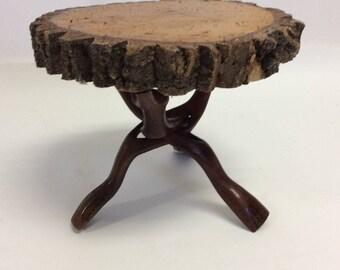 Live Edge Wooden Tree Slice Cake Stand Centerpiece