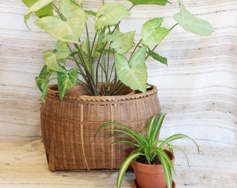 Vintage wicker planter basket/large woven pot