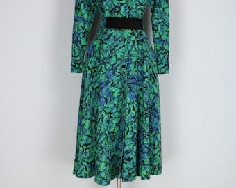 1980s Dress - Shirt Dress - Abstract Bold Print - Full Flare Skirt - Matching Belt - Pockets - Vintage - Blue Green Black - Size S/M