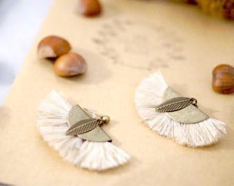 My box french beige tassel fan earrings