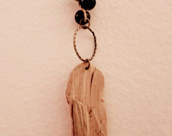 Driftwood Necklace with 3 Beads