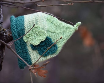 Ready to Ship Green Shamrock Baby Pixie Hat Size 3-4 months