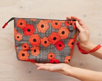 Knitting project bag, Red flower bag, crochet bag, medium bag, wrist strap, zipper pull, knitting bag, red, grey, black