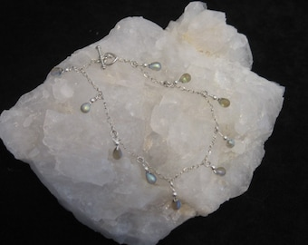 CLEARANCE 30% OFF - Originally 18.00 Tear Drop Glass Opaque Diamond Anklet