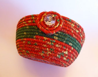 Christmas Coiled Rope Basket, Fabric Bowl, Red Green