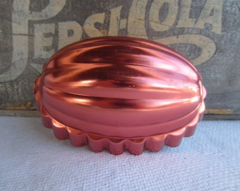 Vintage Copper Jello Mold  Kitsch Wall Decor