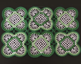 Place Mat - Green & White
