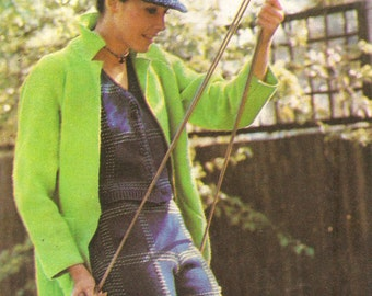 Lovely coat knitting pattern