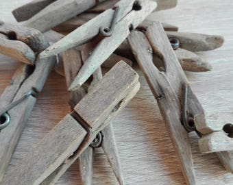 Set of 11 Vintage wooden clothes peg, Rustic wedding pegs, Craft Supplies, wedding favor, rustic wedding, rustic decor, table plan pegs