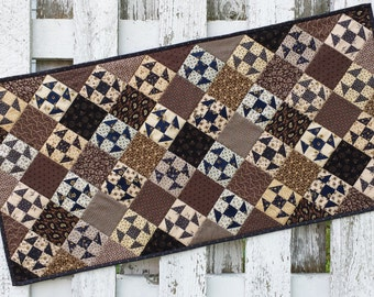 Quilted Table Runner (EDTR31) Shoo Fly