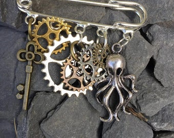 Steampunk Kilt Pin Brooch