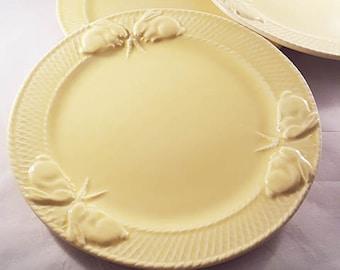 Bordallo Pinheiro Rabbit Inrid Yellow Dinner Plates..PREPAID SHIPPING