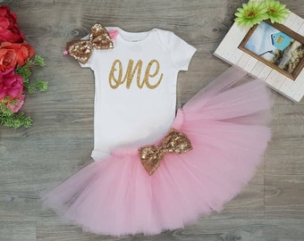 1st Birthday Girl Outfit, Baby Girl 1st Birthday Outfit,  One Year Old Girl Birthday Outfit, Birthday Tutu Outfit,  Pink and Gold, SEWN Tutu