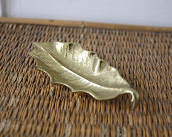 brass leaf, solid brass leaf, small brass leaf, Virginia Metalcrafters, leaf dish