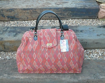 Carpet Bag, Weekender Bag, Overnight Bag, Mary Poppins Bag, Tapestry Fabric Bag, Weekend Bag, Luggage and Travel, Bags and Purses