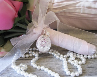 Brides Bouquet Locket, Bouquet Locket, Bouquet Accent, Wedding Keepsake