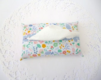 Fabric Tissue Holder