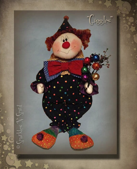 """Pattern: GIggles - 22"""" Clown"""