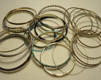 25 Vintage Bangles With Scrolled Designs, lot #3
