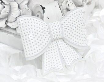 """Ensemble de 2 - XL Sequin arcs - 3"""" Metallic Sequin blanc laiteux noeud papillon Appliques. Accessoires pour cheveux. Fournitures bricolage. Grand arc mousseux"""