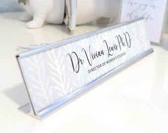 """Custom Nature Nameplate """"Vivian"""" - Personalized Desk Name Plate Sign Decor - Office Accessories - Modern Office Decoration - Wall Mounted"""
