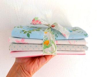 Vintage Sheet Bundles / Fat Quarters / Aqua & Pinks / Pack of 4 / Quilting Fabrics