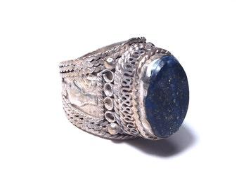Ethnic silver lapis lazuli stone ring