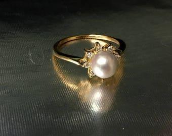 14k Yellow Gold Diamond Halo Pearl Ring