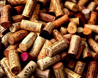 20 used wine corks 100% natural from bottles worth up to 200 Euro. high quallity