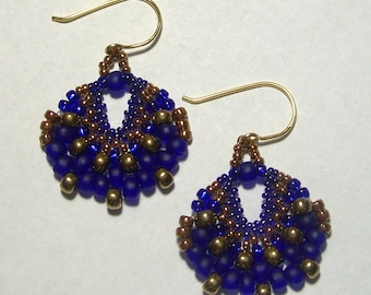 Blue and Bronze Fan Shaped Beadwoven Earrings by Carol Wilson of Je t'adorn